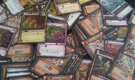 Para gustos, los colores. Y desde luego que, colores, estas cartas tienen muchos.