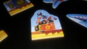 Ningún barco pirata está completo hasta tener un cajón de mandriles que tiran bombas.
